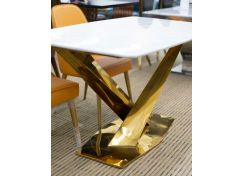 Detton Dining Table
